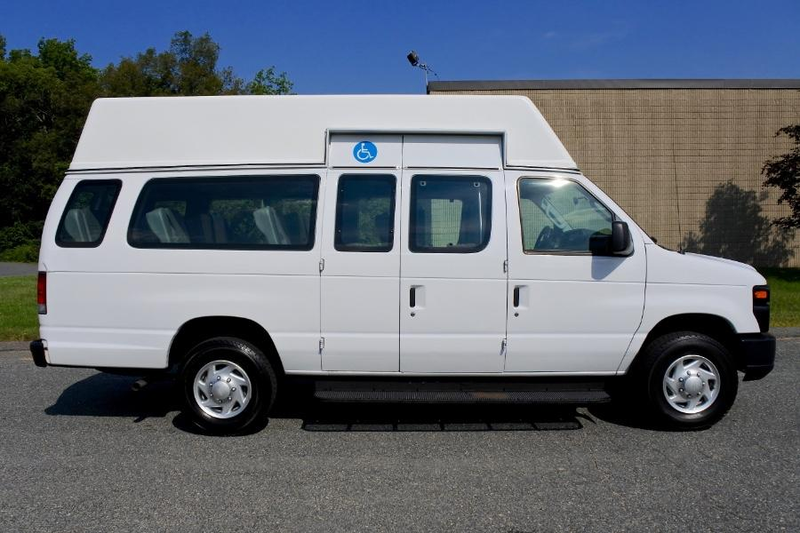 Used 2014 Ford Econoline E-250 Extended Used 2014 Ford Econoline E-250 Extended for sale  at Metro West Motorcars LLC in Shrewsbury MA 5