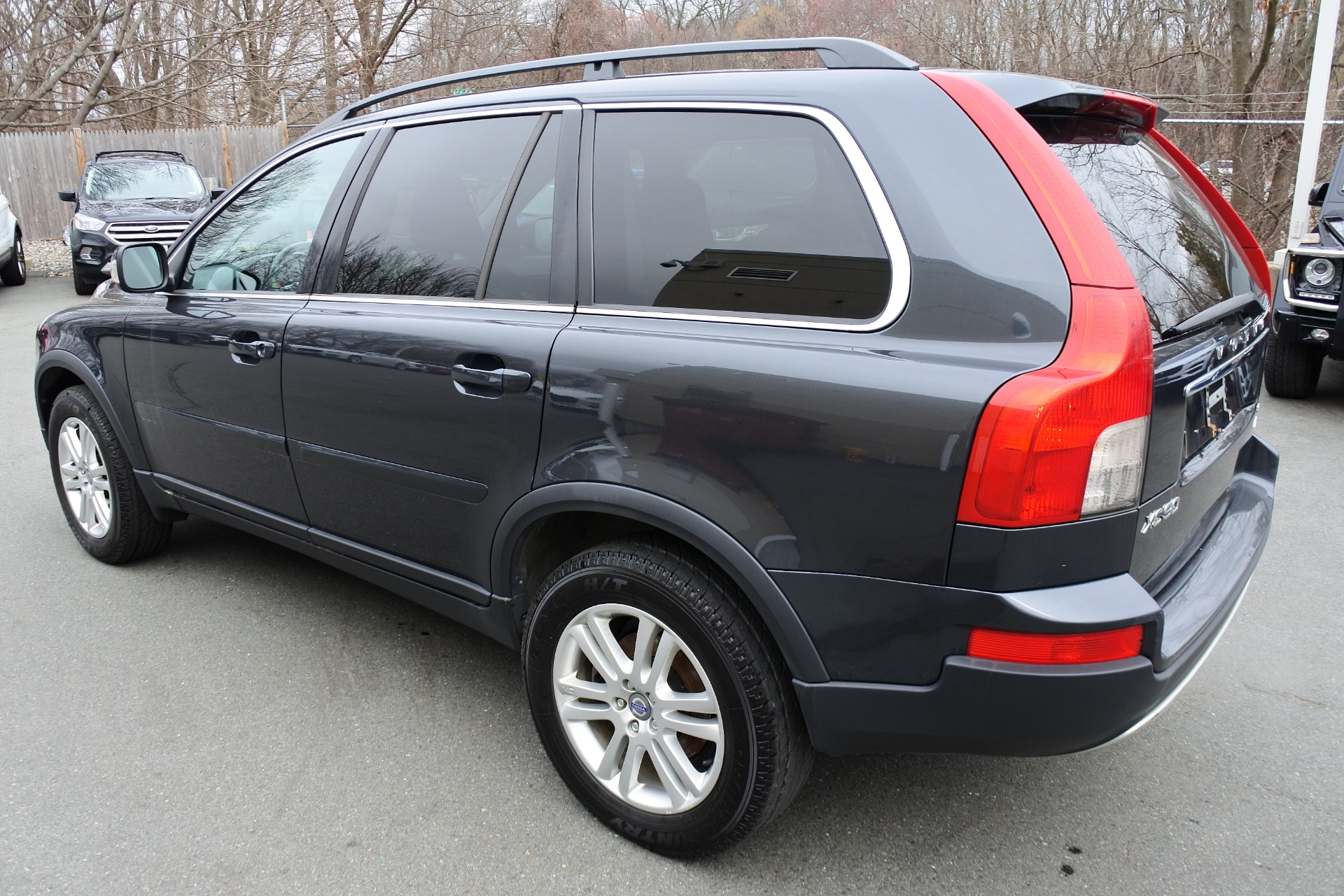 Used 2009 Volvo Xc90 AWD 4dr I6 w/Sunroof Used 2009 Volvo Xc90 AWD 4dr I6 w/Sunroof for sale  at Metro West Motorcars LLC in Shrewsbury MA 3