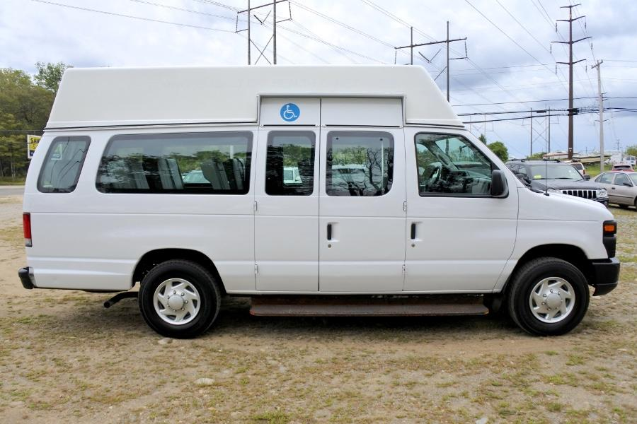 Used 2014 Ford Econoline E-250 Extended Used 2014 Ford Econoline E-250 Extended for sale  at Metro West Motorcars LLC in Shrewsbury MA 6