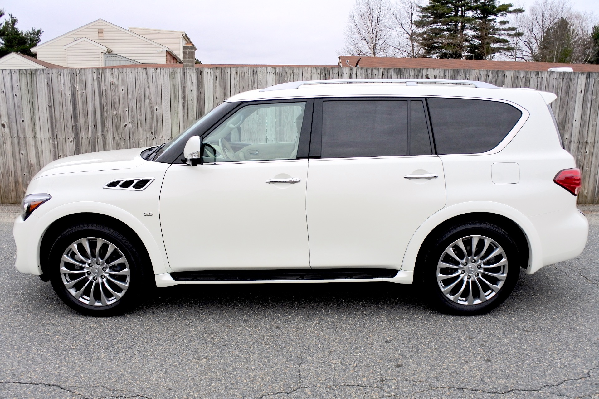 Used 2015 Infiniti Qx80 Limited 4WD Used 2015 Infiniti Qx80 Limited 4WD for sale  at Metro West Motorcars LLC in Shrewsbury MA 2
