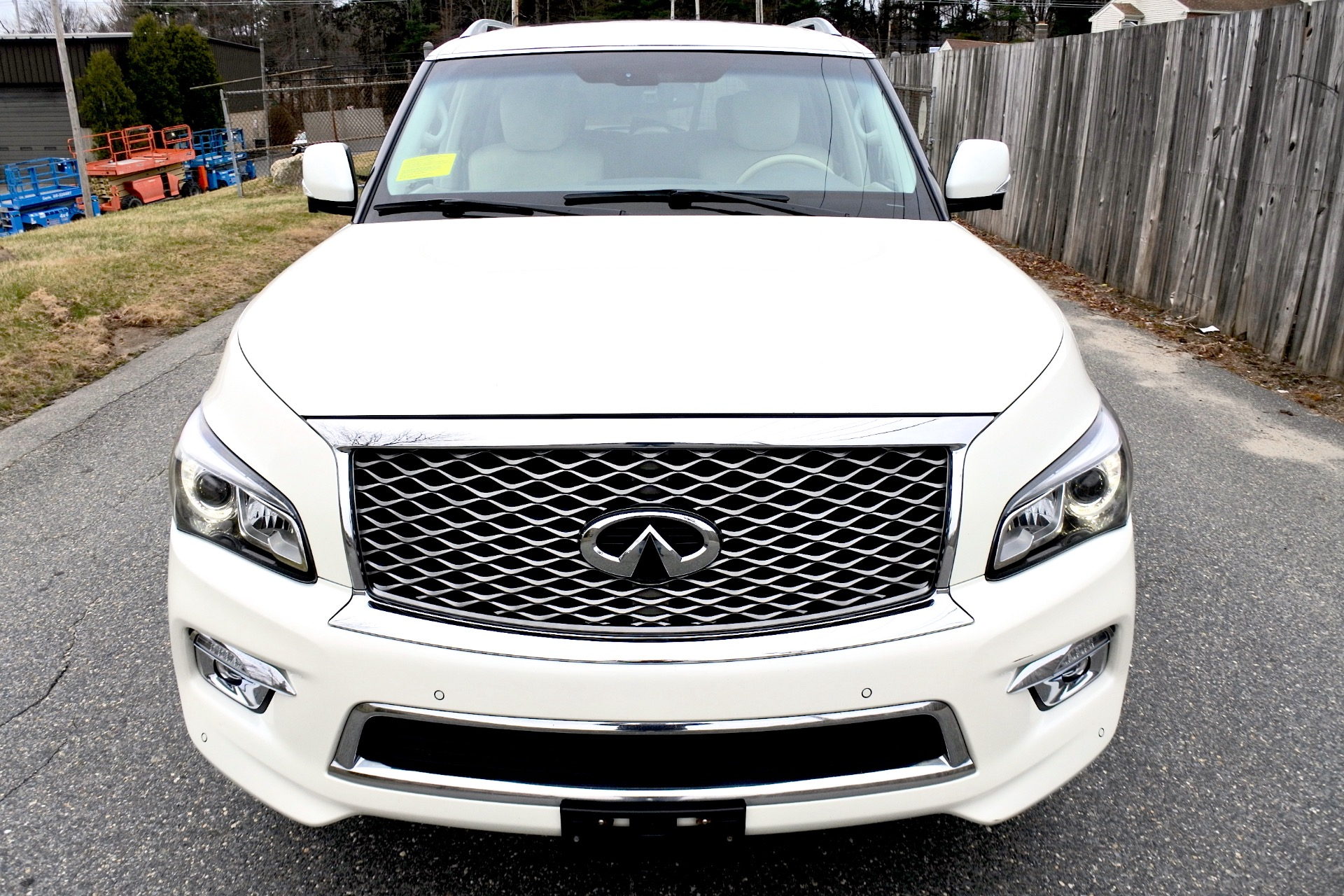 Used 2015 Infiniti Qx80 Limited 4WD Used 2015 Infiniti Qx80 Limited 4WD for sale  at Metro West Motorcars LLC in Shrewsbury MA 8