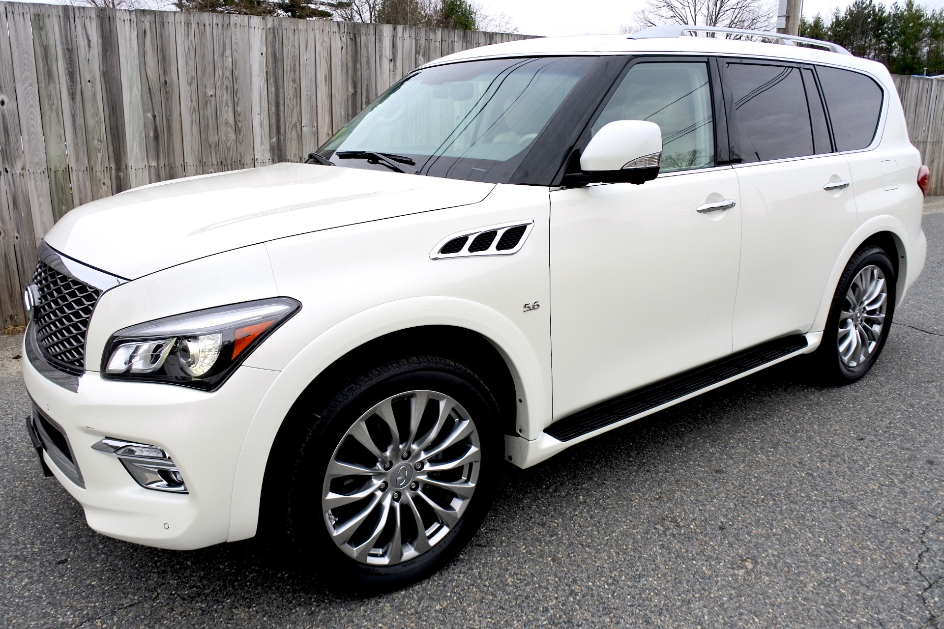Used 2015 Infiniti Qx80 Limited 4WD Used 2015 Infiniti Qx80 Limited 4WD for sale  at Metro West Motorcars LLC in Shrewsbury MA 1