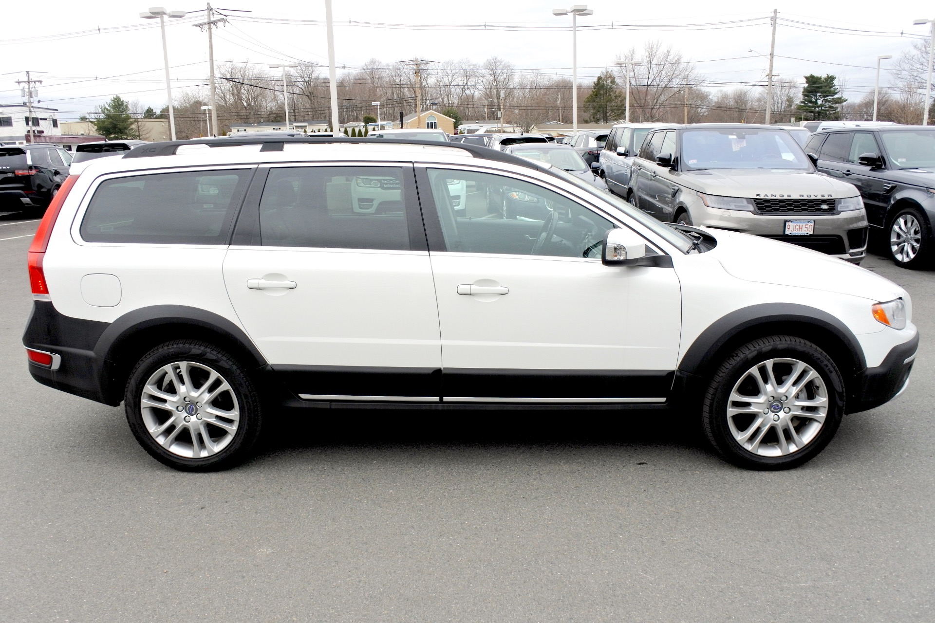 Used 2016 Volvo Xc70 T5 Premier AWD Used 2016 Volvo Xc70 T5 Premier AWD for sale  at Metro West Motorcars LLC in Shrewsbury MA 6