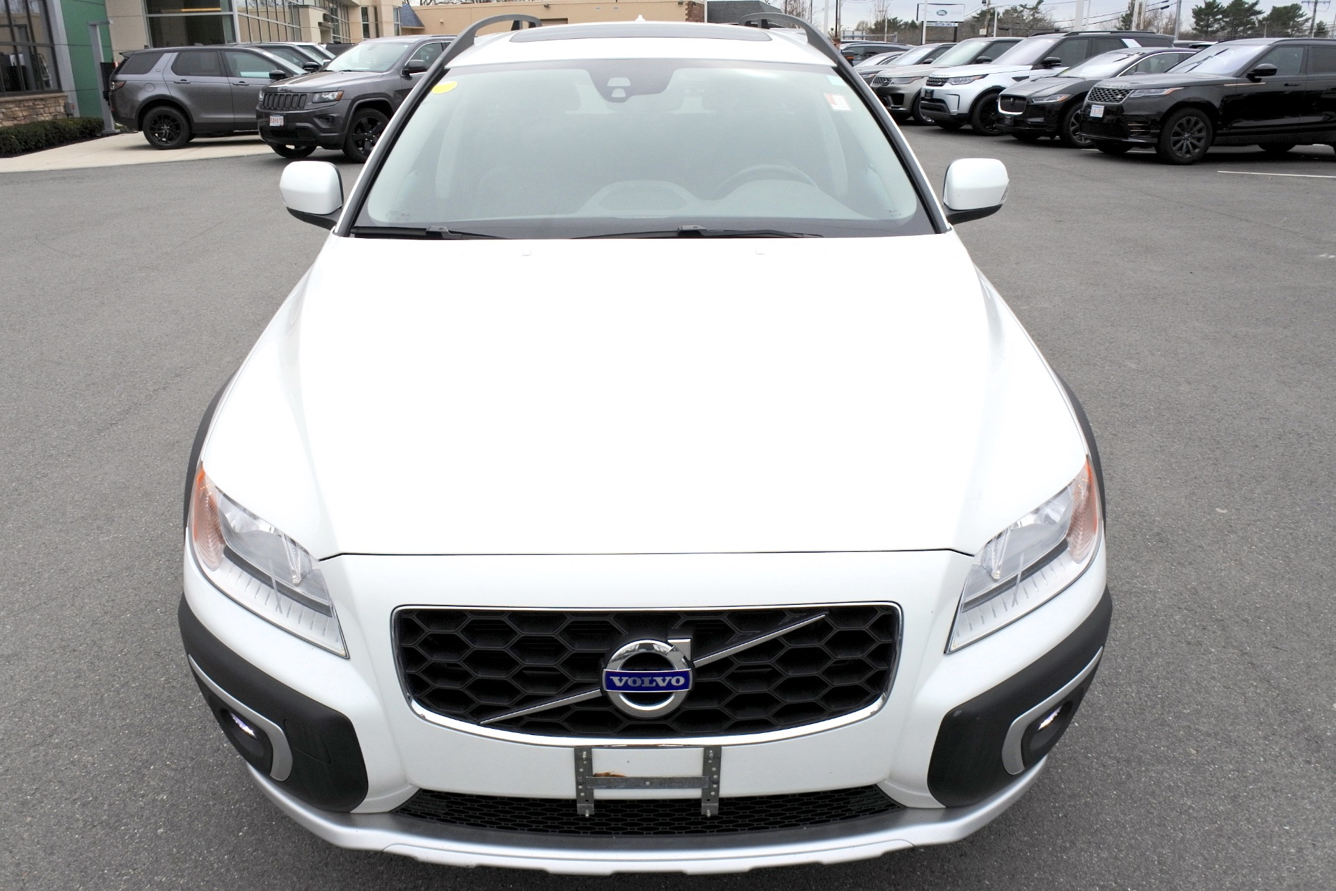 Used 2016 Volvo Xc70 T5 Premier AWD Used 2016 Volvo Xc70 T5 Premier AWD for sale  at Metro West Motorcars LLC in Shrewsbury MA 8