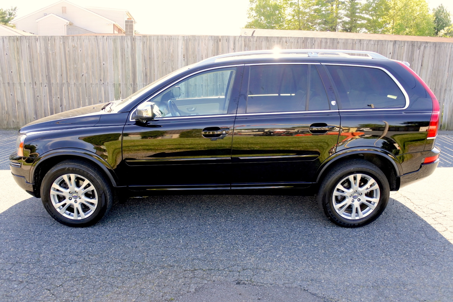 Used 2014 Volvo Xc90 AWD 4dr Used 2014 Volvo Xc90 AWD 4dr for sale  at Metro West Motorcars LLC in Shrewsbury MA 2