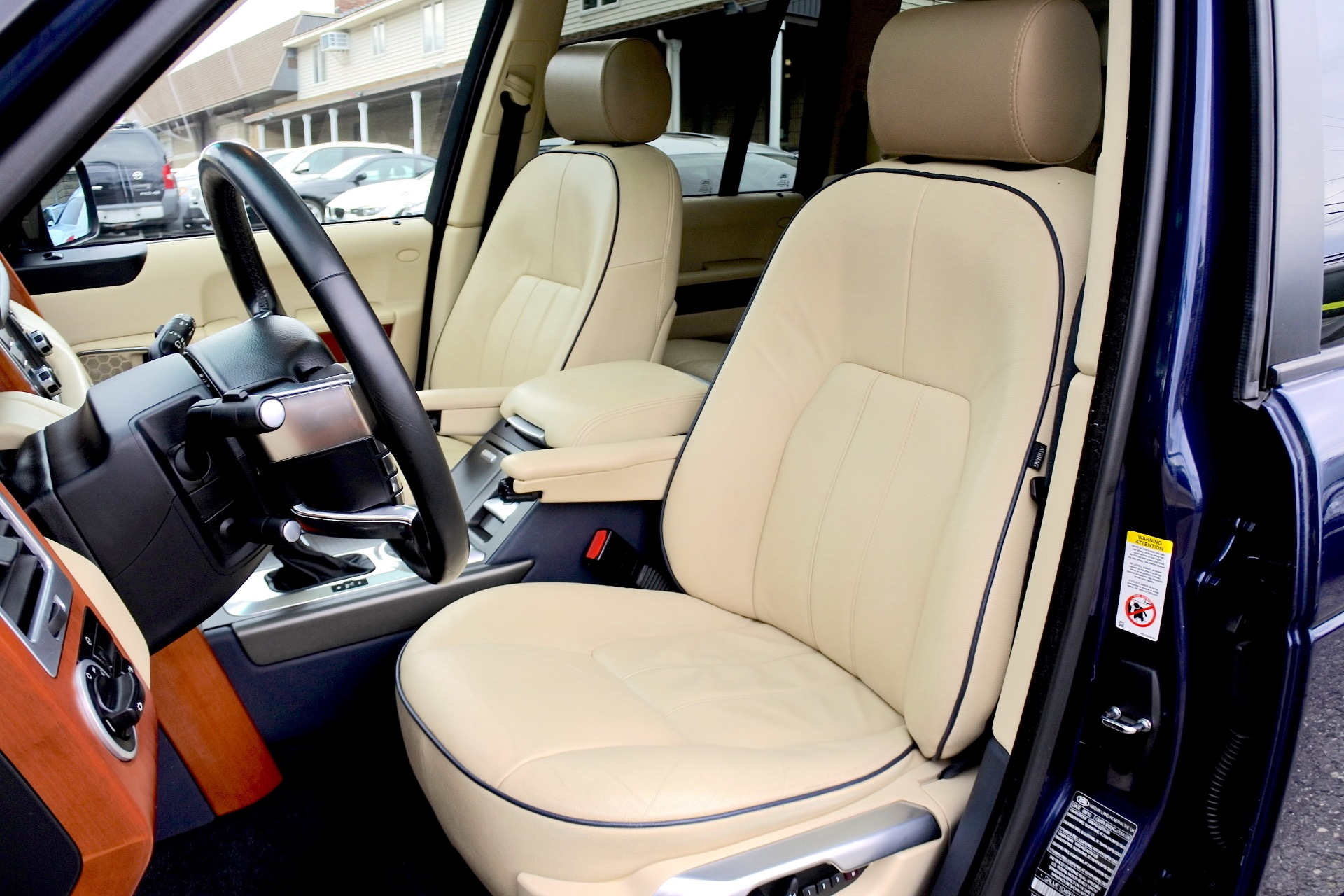Used 2011 Land Rover Range Rover HSE Used 2011 Land Rover Range Rover HSE for sale  at Metro West Motorcars LLC in Shrewsbury MA 14