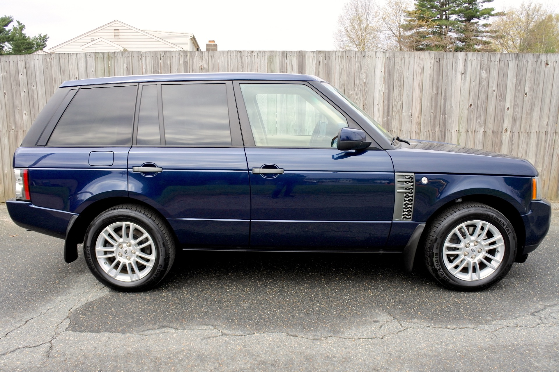 Used 2011 Land Rover Range Rover HSE Used 2011 Land Rover Range Rover HSE for sale  at Metro West Motorcars LLC in Shrewsbury MA 6
