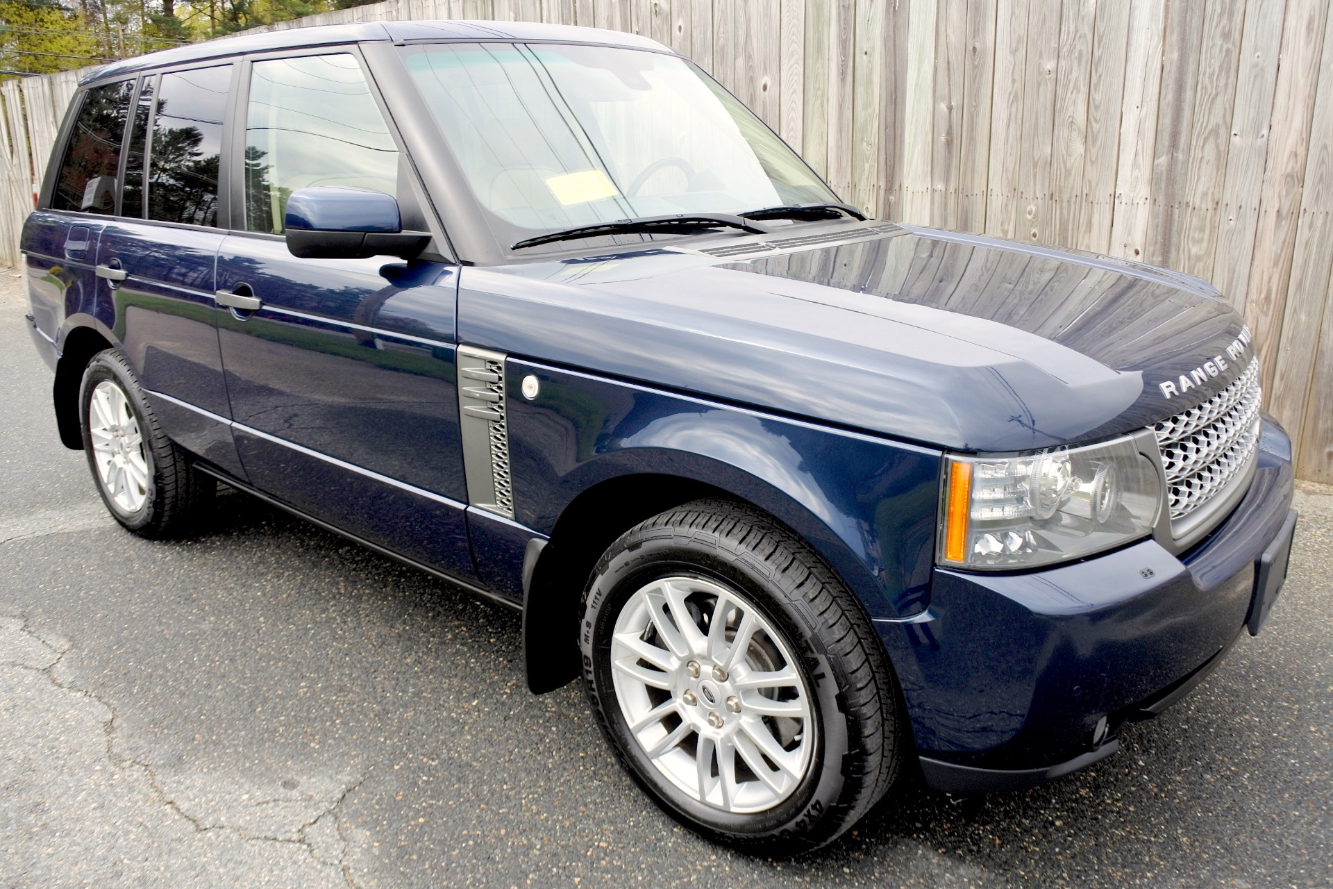 Used 2011 Land Rover Range Rover HSE Used 2011 Land Rover Range Rover HSE for sale  at Metro West Motorcars LLC in Shrewsbury MA 7