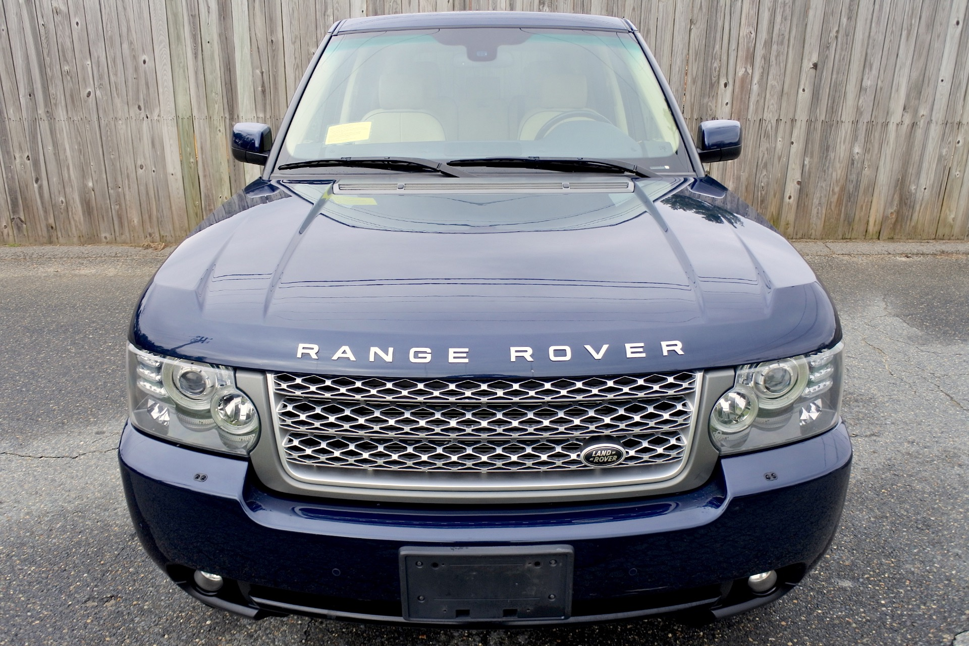 Used 2011 Land Rover Range Rover HSE Used 2011 Land Rover Range Rover HSE for sale  at Metro West Motorcars LLC in Shrewsbury MA 8