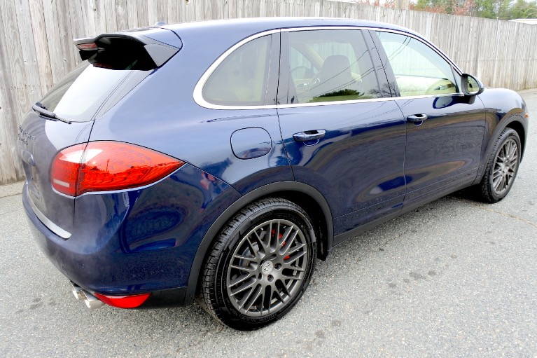 Used 2011 Porsche Cayenne Turbo AWD Used 2011 Porsche Cayenne Turbo AWD for sale  at Metro West Motorcars LLC in Shrewsbury MA 5