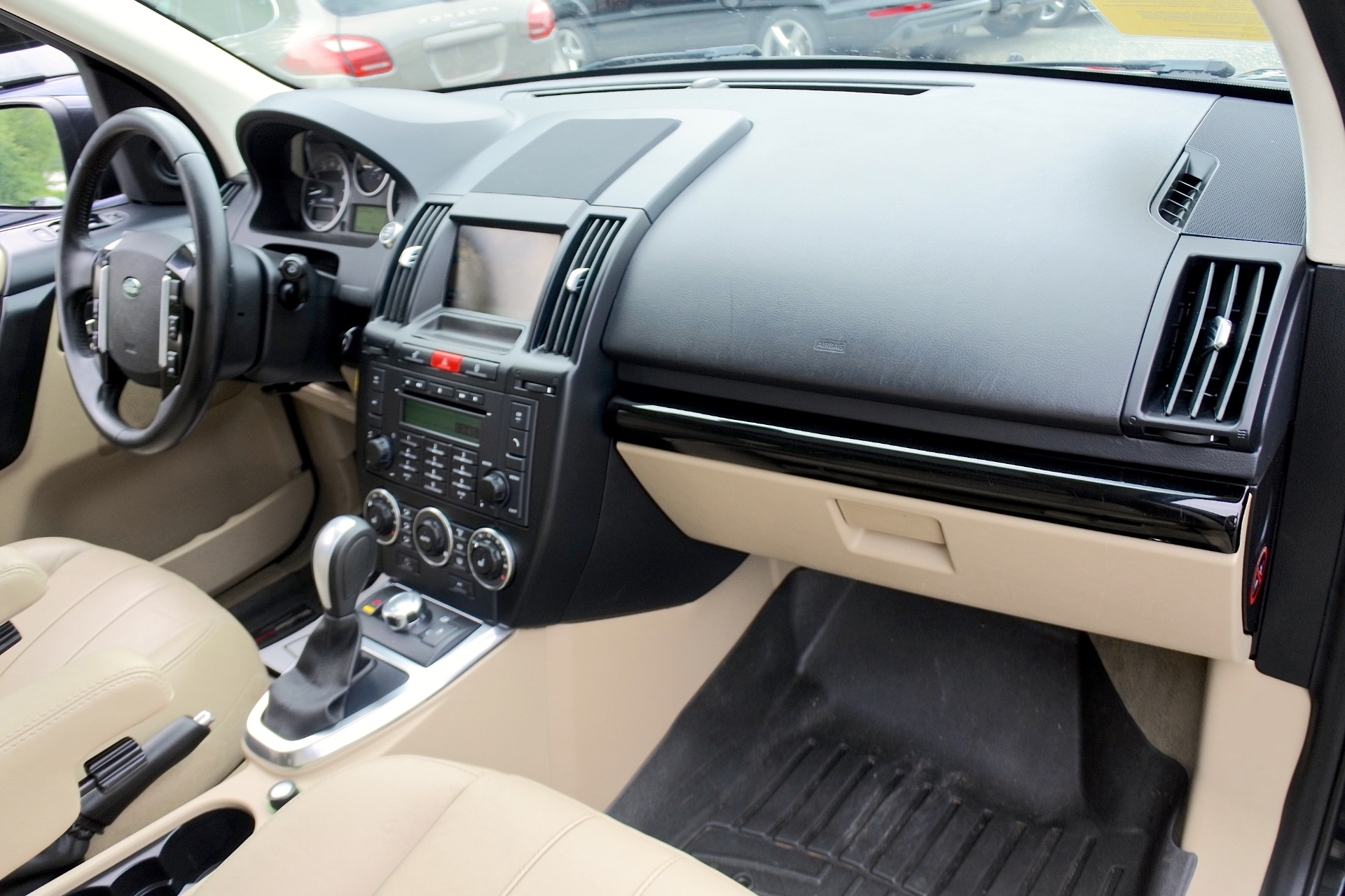 Used 2012 Land Rover Lr2 HSE AWD Used 2012 Land Rover Lr2 HSE AWD for sale  at Metro West Motorcars LLC in Shrewsbury MA 20