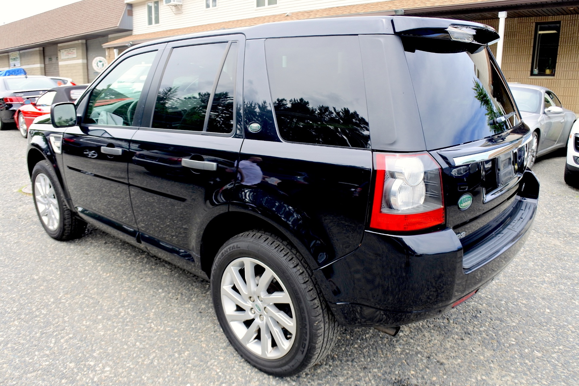 Used 2012 Land Rover Lr2 HSE AWD Used 2012 Land Rover Lr2 HSE AWD for sale  at Metro West Motorcars LLC in Shrewsbury MA 3