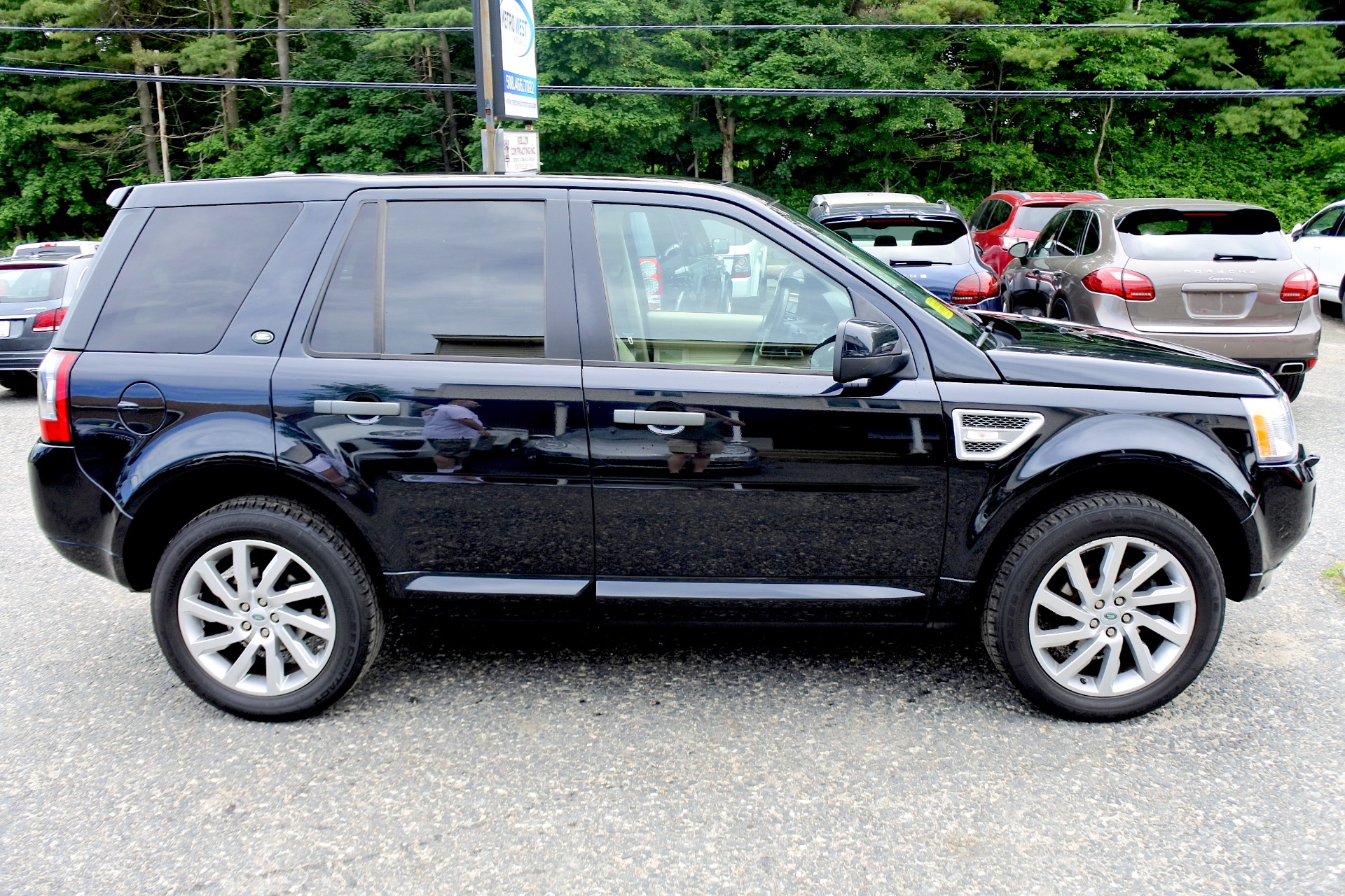 Used 2012 Land Rover Lr2 HSE AWD Used 2012 Land Rover Lr2 HSE AWD for sale  at Metro West Motorcars LLC in Shrewsbury MA 6