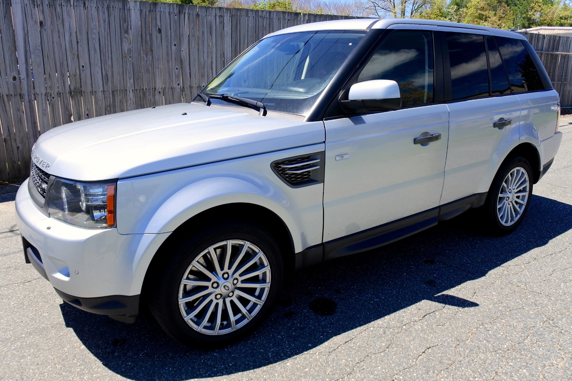 Used 2011 Land Rover Range Rover Sport HSE Used 2011 Land Rover Range Rover Sport HSE for sale  at Metro West Motorcars LLC in Shrewsbury MA 1
