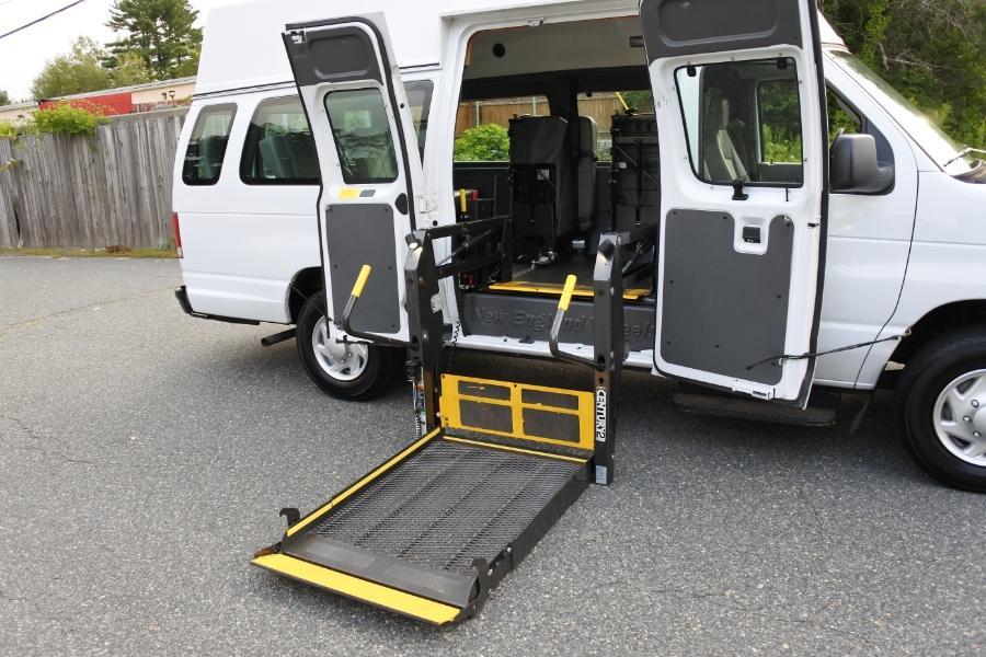 Used 2014 Ford Econoline E-250 Wheelchair Van Used 2014 Ford Econoline E-250 Wheelchair Van for sale  at Metro West Motorcars LLC in Shrewsbury MA 15