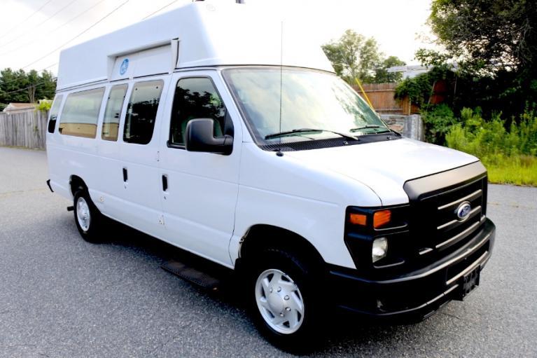 Used 2014 Ford Econoline E-250 Wheelchair Van Used 2014 Ford Econoline E-250 Wheelchair Van for sale  at Metro West Motorcars LLC in Shrewsbury MA 5