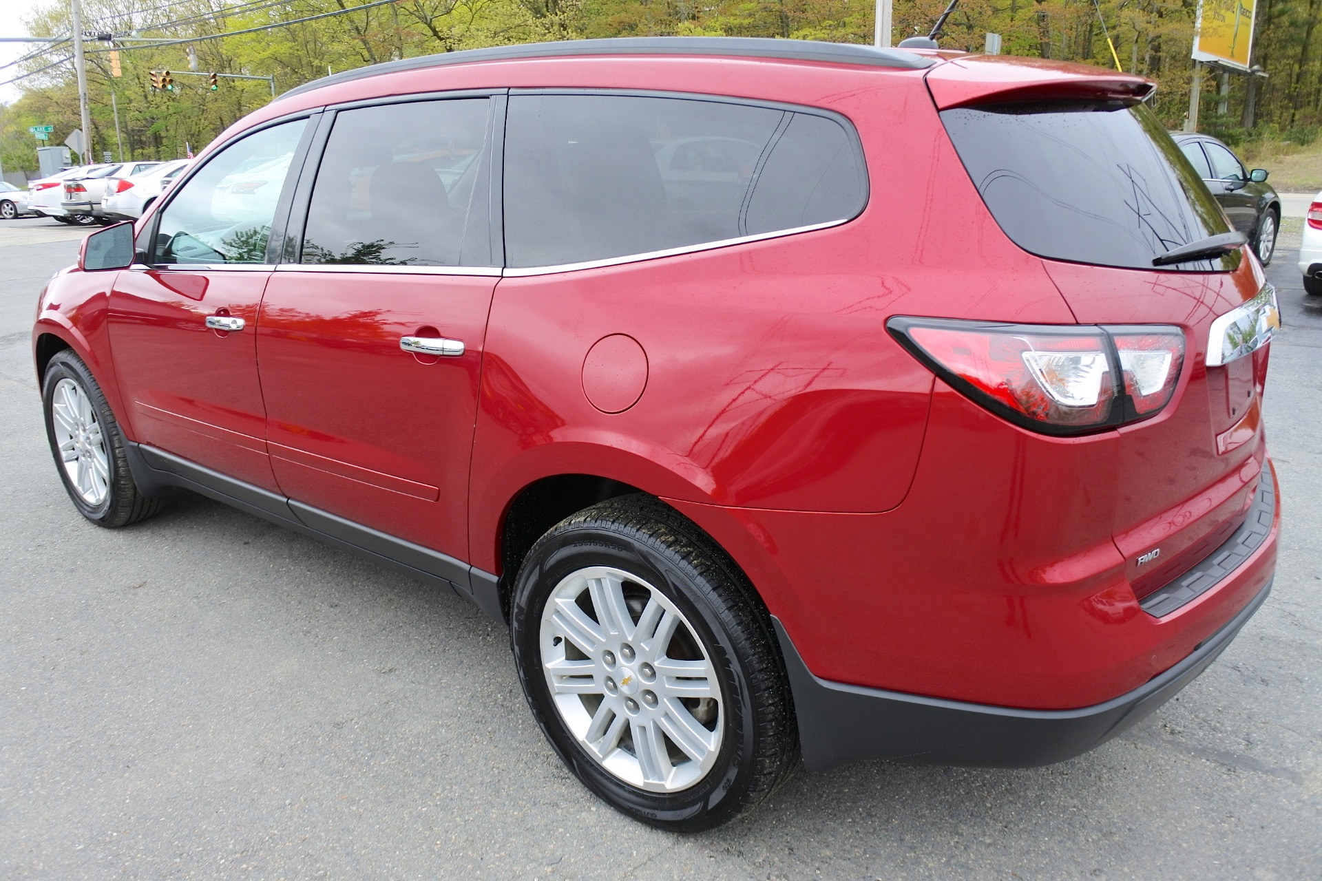 Used 2013 Chevrolet Traverse AWD 4dr LT w/1LT Used 2013 Chevrolet Traverse AWD 4dr LT w/1LT for sale  at Metro West Motorcars LLC in Shrewsbury MA 3