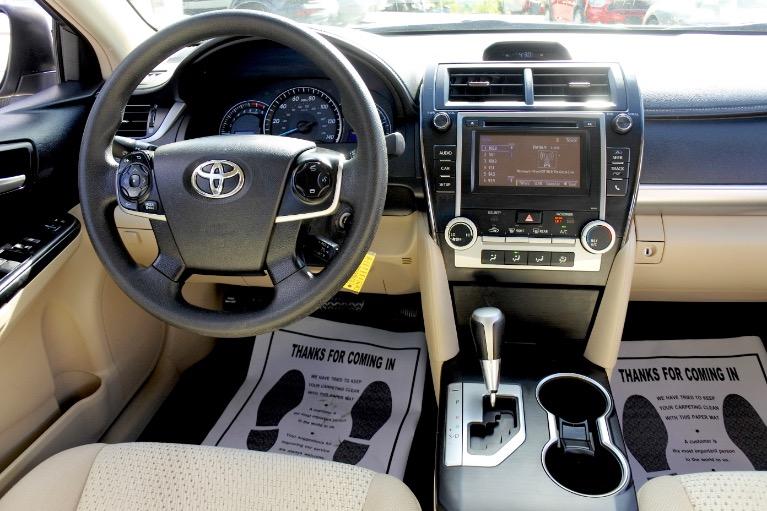 Used 2014 Toyota Camry LE Used 2014 Toyota Camry LE for sale  at Metro West Motorcars LLC in Shrewsbury MA 10