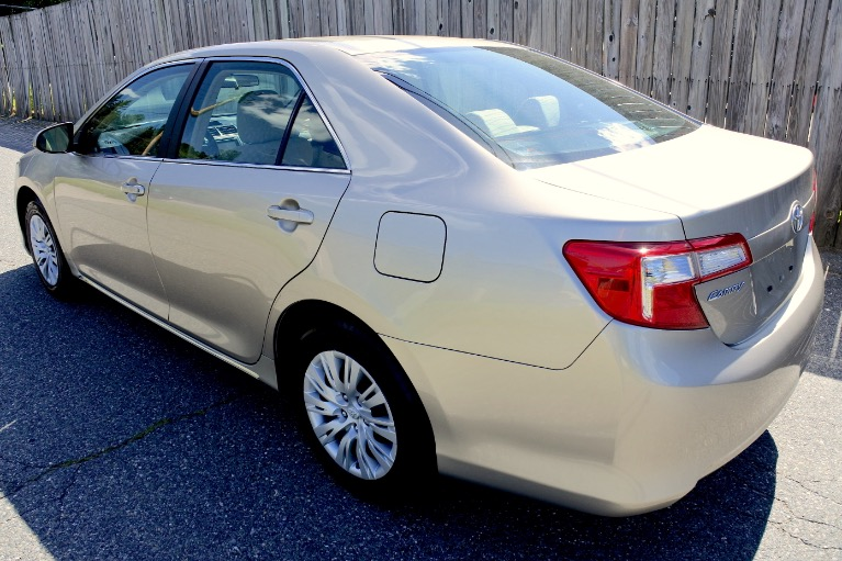 Used 2014 Toyota Camry LE Used 2014 Toyota Camry LE for sale  at Metro West Motorcars LLC in Shrewsbury MA 3