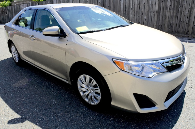 Used 2014 Toyota Camry LE Used 2014 Toyota Camry LE for sale  at Metro West Motorcars LLC in Shrewsbury MA 7