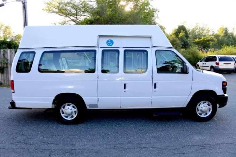 Used 2014 Ford Econoline E-250 Wheelchair Van Used 2014 Ford Econoline E-250 Wheelchair Van for sale  at Metro West Motorcars LLC in Shrewsbury MA 6