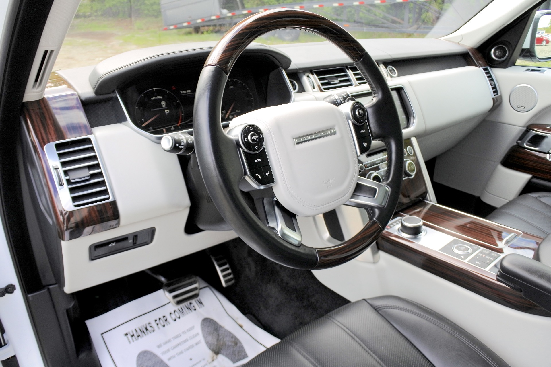 Used 2015 Land Rover Range Rover 4WD 4dr Supercharged Used 2015 Land Rover Range Rover 4WD 4dr Supercharged for sale  at Metro West Motorcars LLC in Shrewsbury MA 13