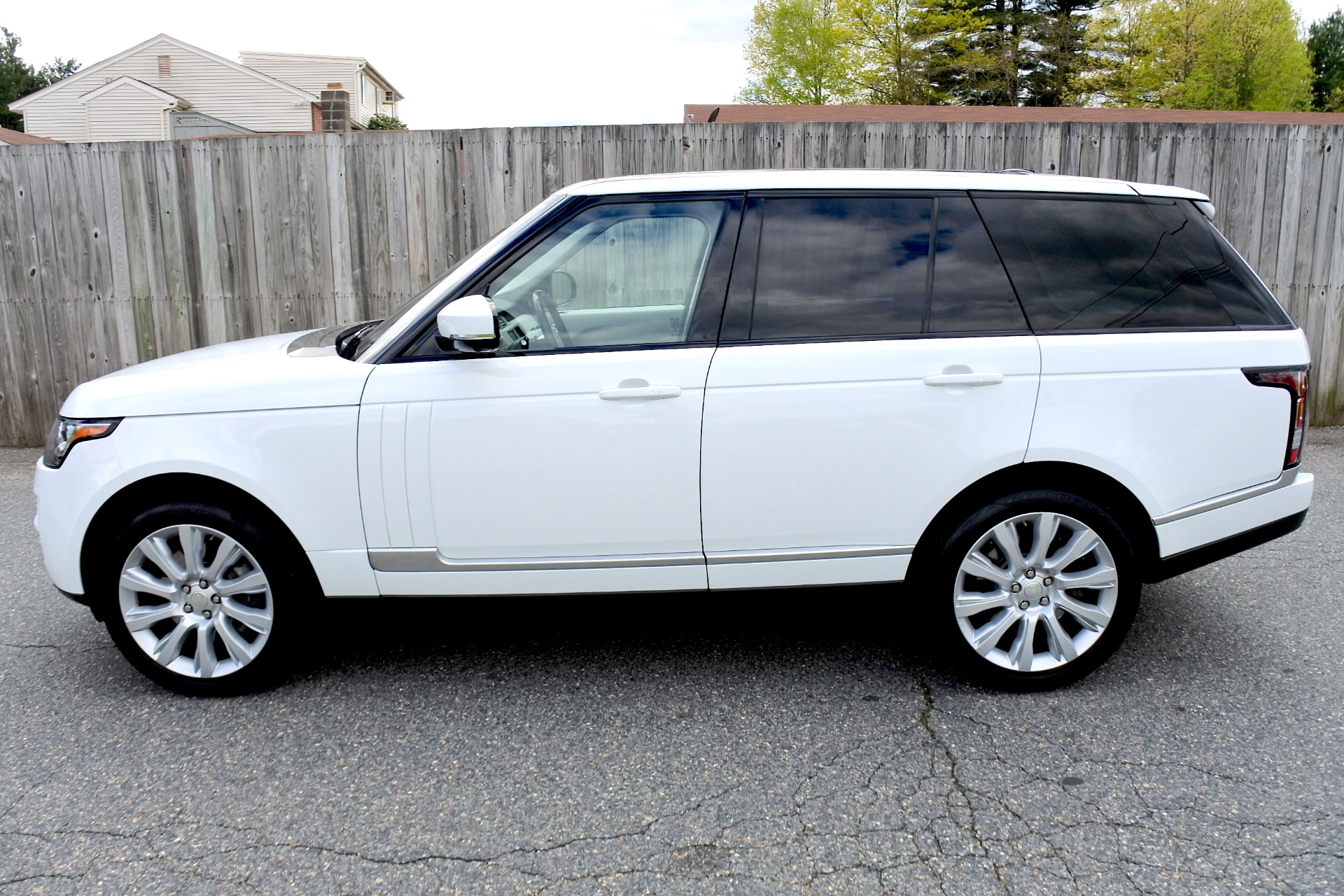 Used 2015 Land Rover Range Rover 4WD 4dr Supercharged Used 2015 Land Rover Range Rover 4WD 4dr Supercharged for sale  at Metro West Motorcars LLC in Shrewsbury MA 2