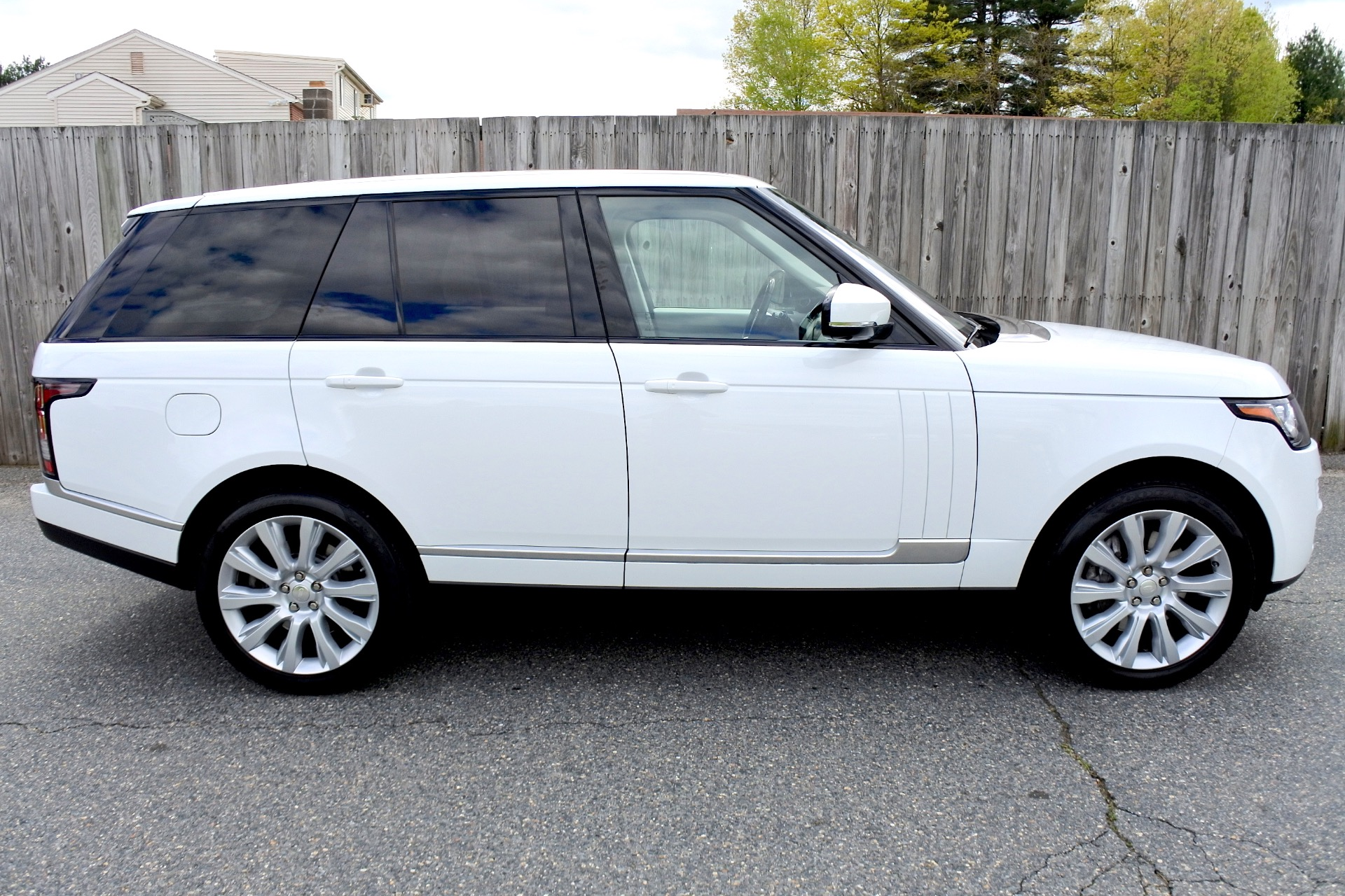 Used 2015 Land Rover Range Rover 4WD 4dr Supercharged Used 2015 Land Rover Range Rover 4WD 4dr Supercharged for sale  at Metro West Motorcars LLC in Shrewsbury MA 6