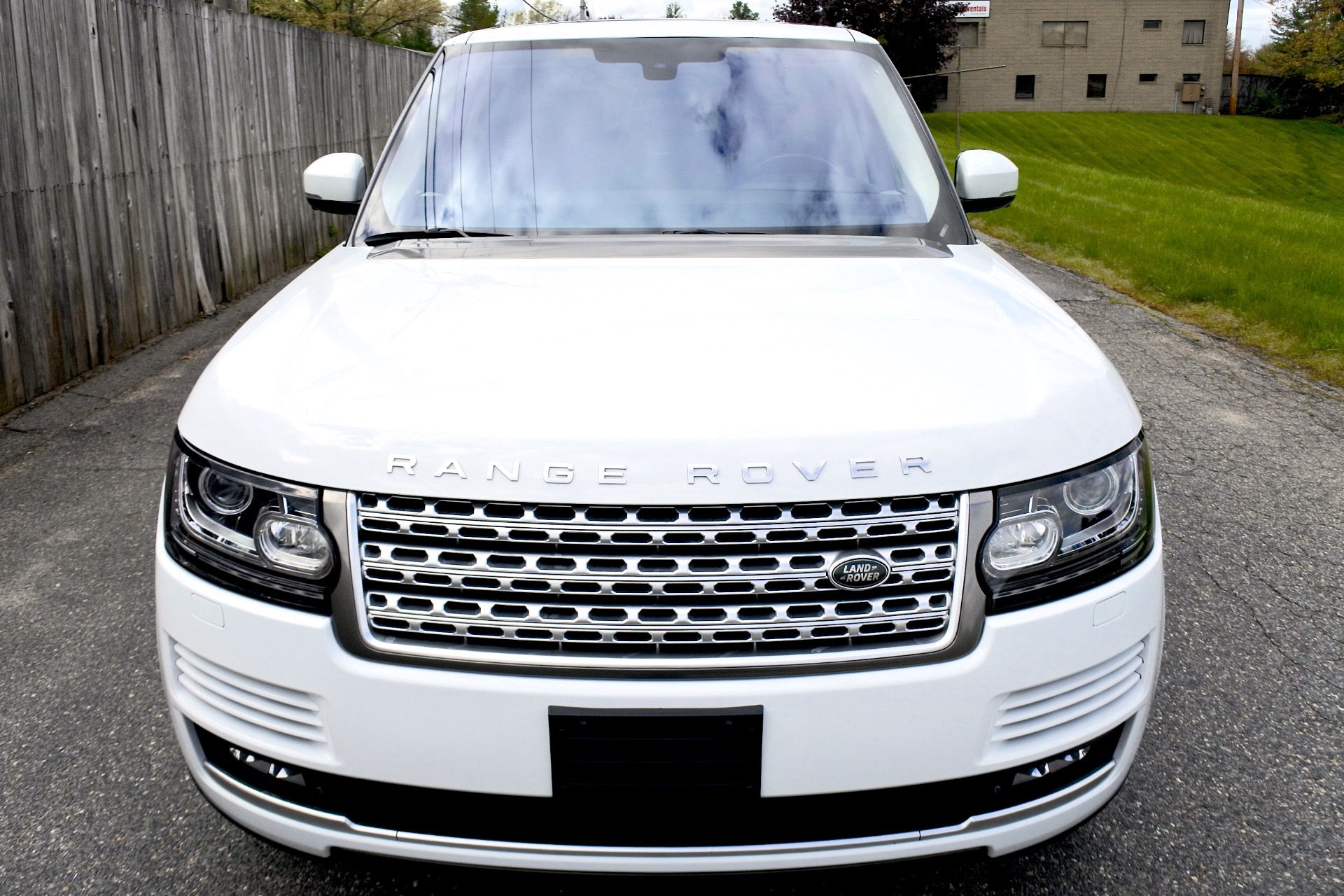 Used 2015 Land Rover Range Rover 4WD 4dr Supercharged Used 2015 Land Rover Range Rover 4WD 4dr Supercharged for sale  at Metro West Motorcars LLC in Shrewsbury MA 8