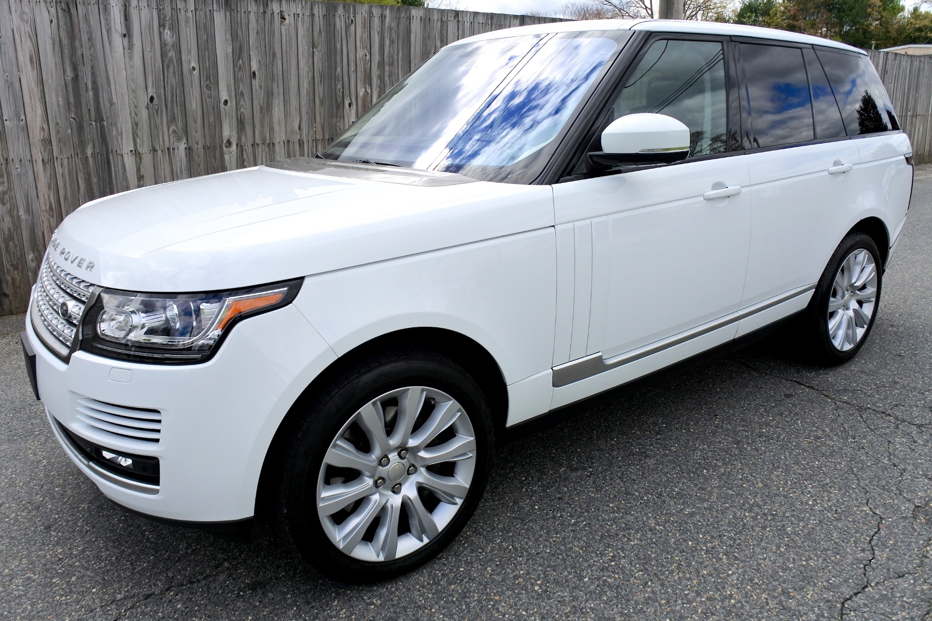 Used 2015 Land Rover Range Rover 4WD 4dr Supercharged Used 2015 Land Rover Range Rover 4WD 4dr Supercharged for sale  at Metro West Motorcars LLC in Shrewsbury MA 1