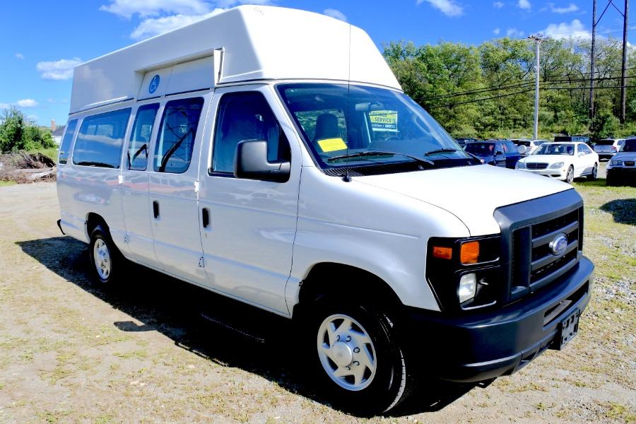 Used 2014 Ford Econoline E-250 Wheelchair Van Used 2014 Ford Econoline E-250 Wheelchair Van for sale  at Metro West Motorcars LLC in Shrewsbury MA 7