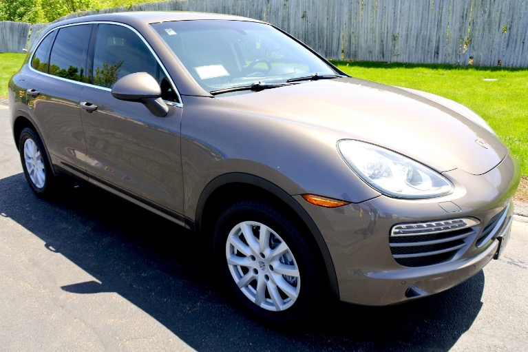 Used 2011 Porsche Cayenne AWD Used 2011 Porsche Cayenne AWD for sale  at Metro West Motorcars LLC in Shrewsbury MA 7