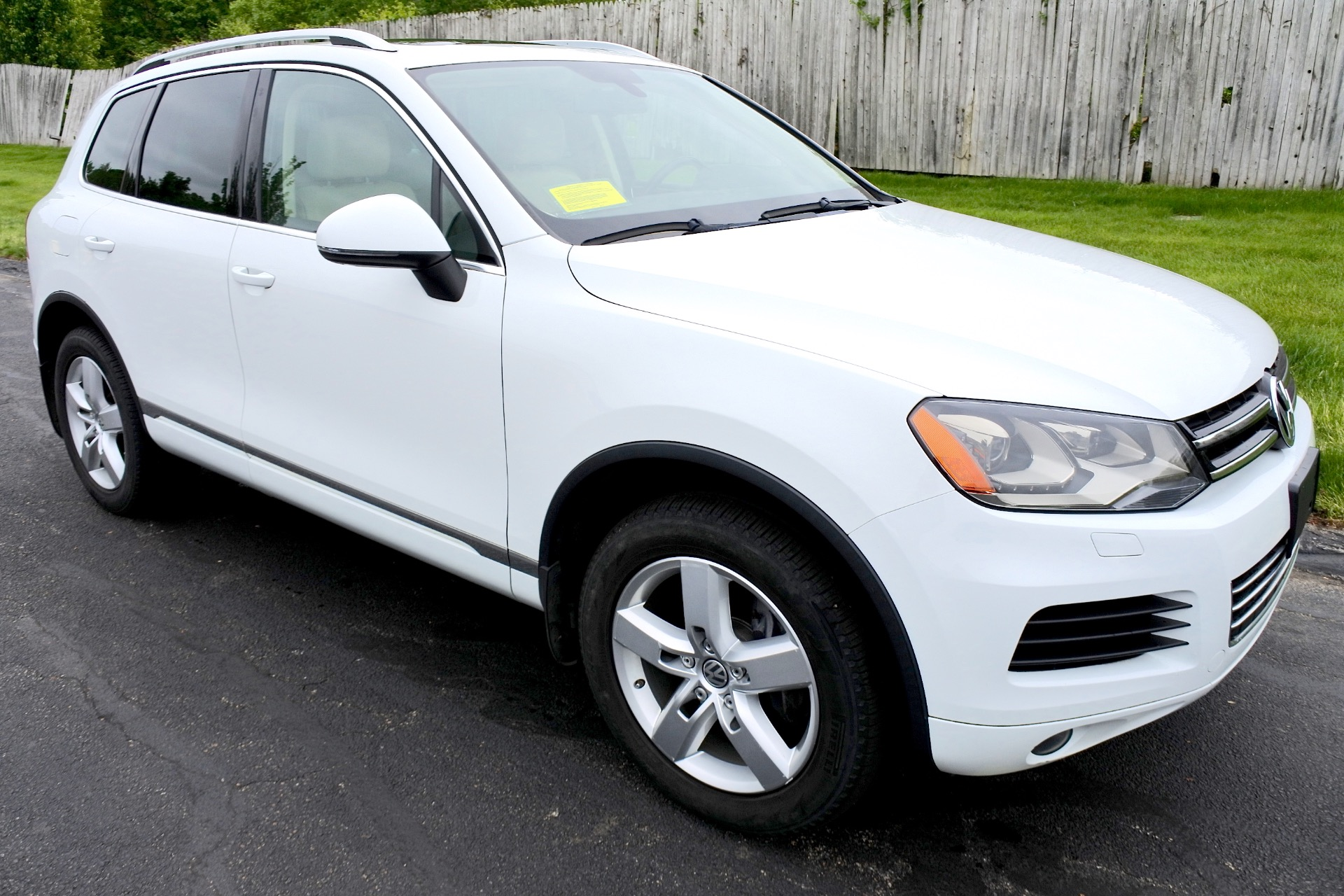 Used 2012 Volkswagen Touareg TDI Lux Used 2012 Volkswagen Touareg TDI Lux for sale  at Metro West Motorcars LLC in Shrewsbury MA 7