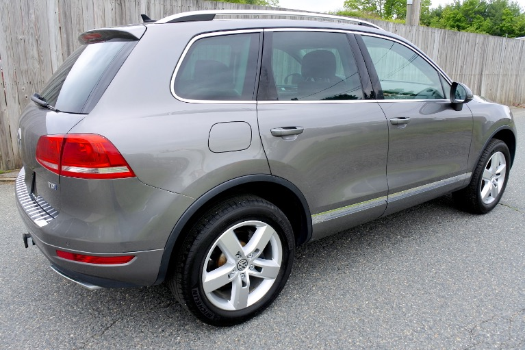 Used 2011 Volkswagen Touareg TDI Lux Used 2011 Volkswagen Touareg TDI Lux for sale  at Metro West Motorcars LLC in Shrewsbury MA 5