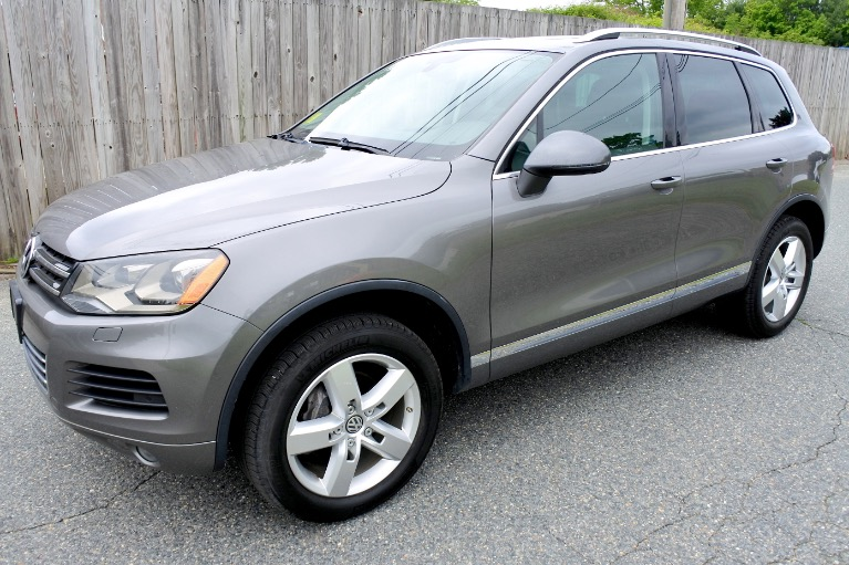 Used Used 2011 Volkswagen Touareg TDI Lux for sale $13,800 at Metro West Motorcars LLC in Shrewsbury MA