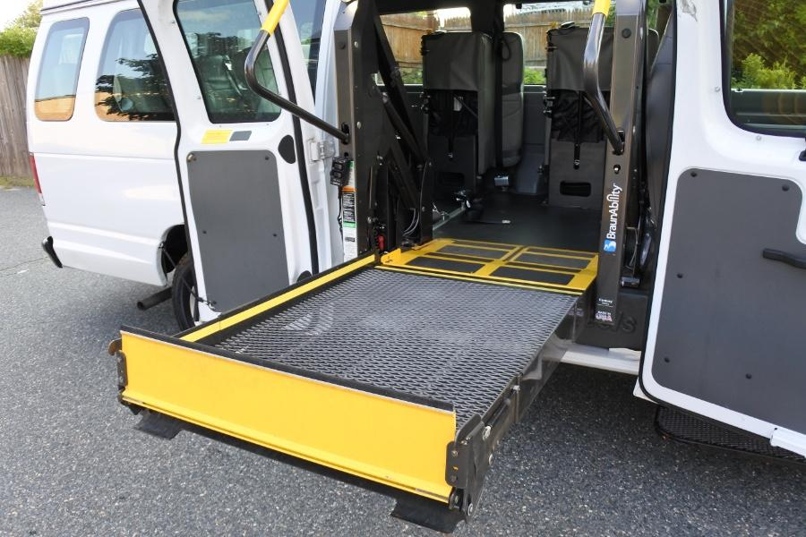 Used 2014 Ford Econoline E-250 Wheelchair Van Used 2014 Ford Econoline E-250 Wheelchair Van for sale  at Metro West Motorcars LLC in Shrewsbury MA 27