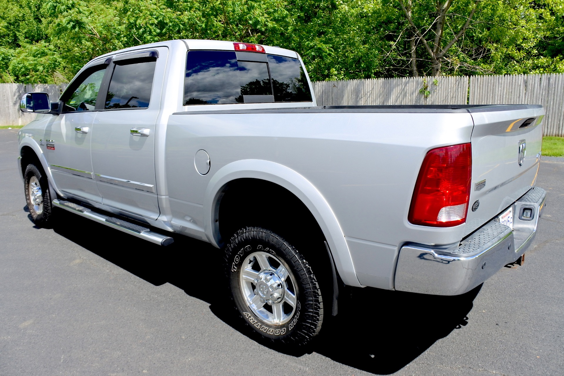 Used 2010 Dodge Ram 3500 4WD Crew Cab 149' Laramie Used 2010 Dodge Ram 3500 4WD Crew Cab 149' Laramie for sale  at Metro West Motorcars LLC in Shrewsbury MA 3