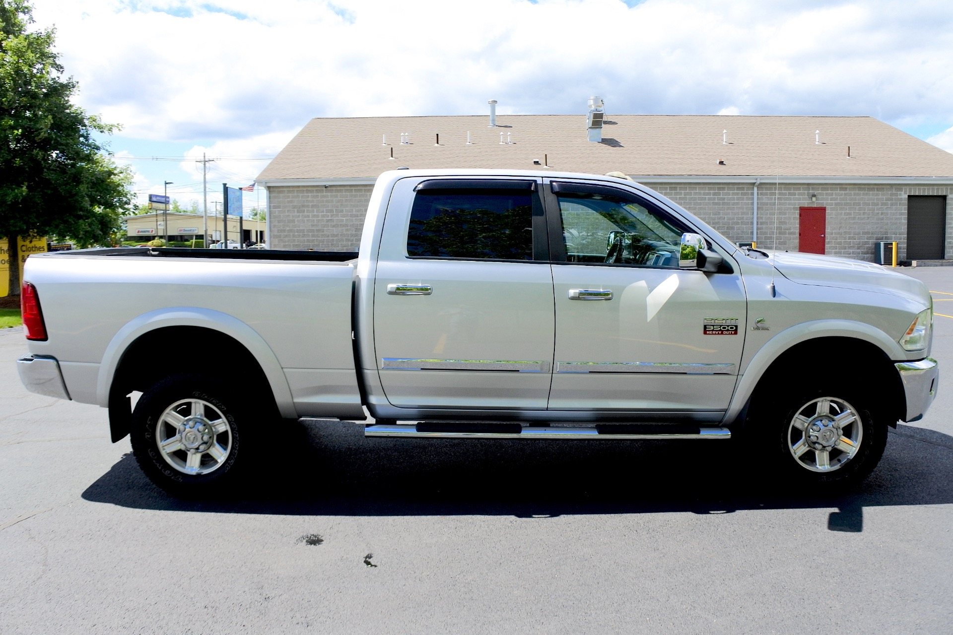 Used 2010 Dodge Ram 3500 4WD Crew Cab 149' Laramie Used 2010 Dodge Ram 3500 4WD Crew Cab 149' Laramie for sale  at Metro West Motorcars LLC in Shrewsbury MA 6
