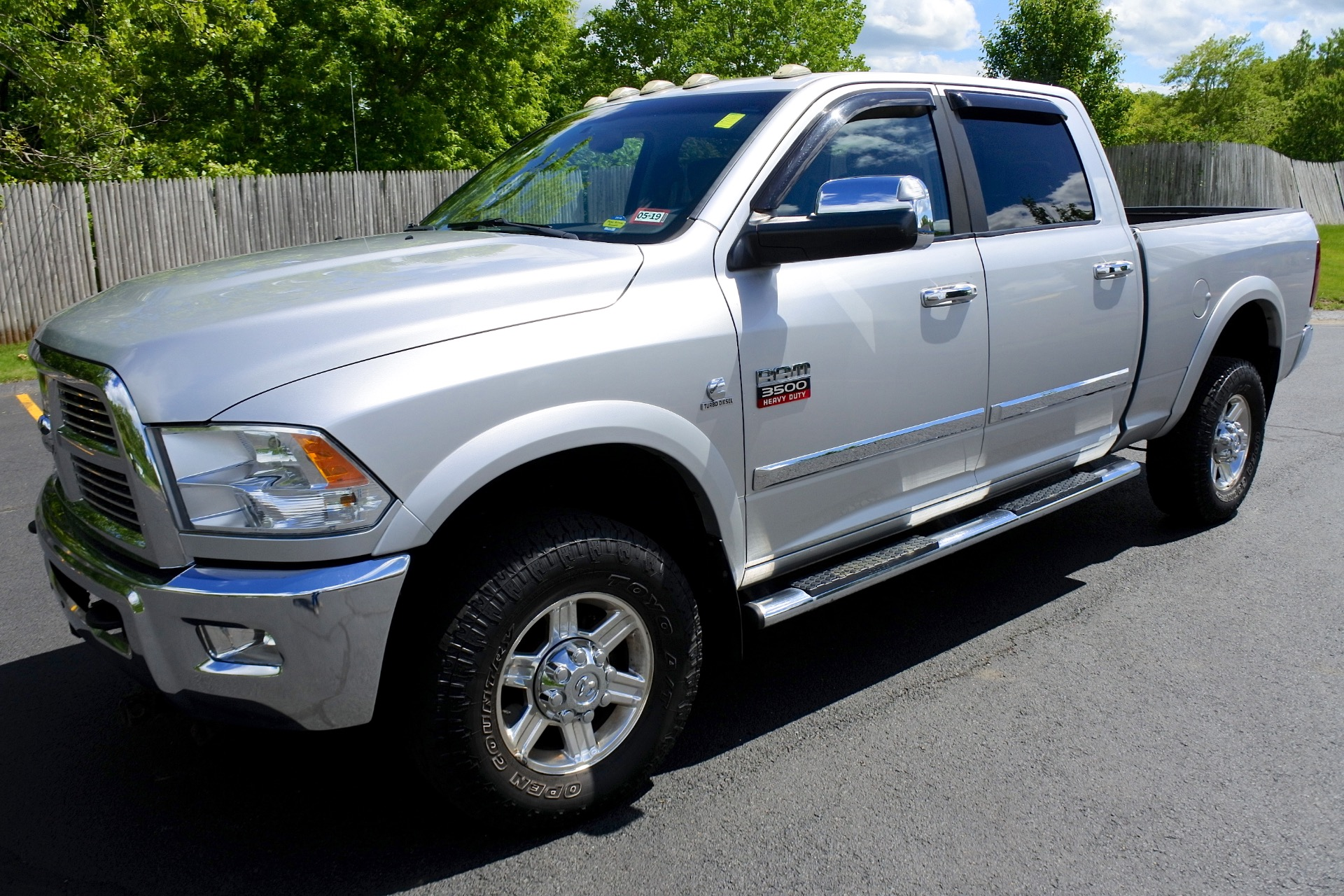 Used 2010 Dodge Ram 3500 4WD Crew Cab 149' Laramie Used 2010 Dodge Ram 3500 4WD Crew Cab 149' Laramie for sale  at Metro West Motorcars LLC in Shrewsbury MA 1