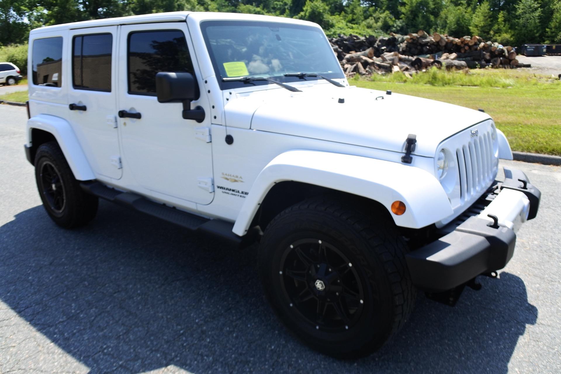 Used 2015 Jeep Wrangler Unlimited 4WD 4dr Sahara Used 2015 Jeep Wrangler Unlimited 4WD 4dr Sahara for sale  at Metro West Motorcars LLC in Shrewsbury MA 7