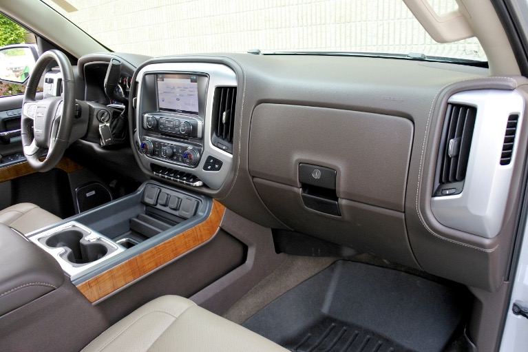 Used 2018 GMC Sierra 1500 4WD Crew Cab 143.5' SLT Used 2018 GMC Sierra 1500 4WD Crew Cab 143.5' SLT for sale  at Metro West Motorcars LLC in Shrewsbury MA 19