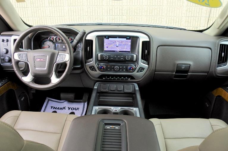 Used 2018 GMC Sierra 1500 4WD Crew Cab 143.5' SLT Used 2018 GMC Sierra 1500 4WD Crew Cab 143.5' SLT for sale  at Metro West Motorcars LLC in Shrewsbury MA 9