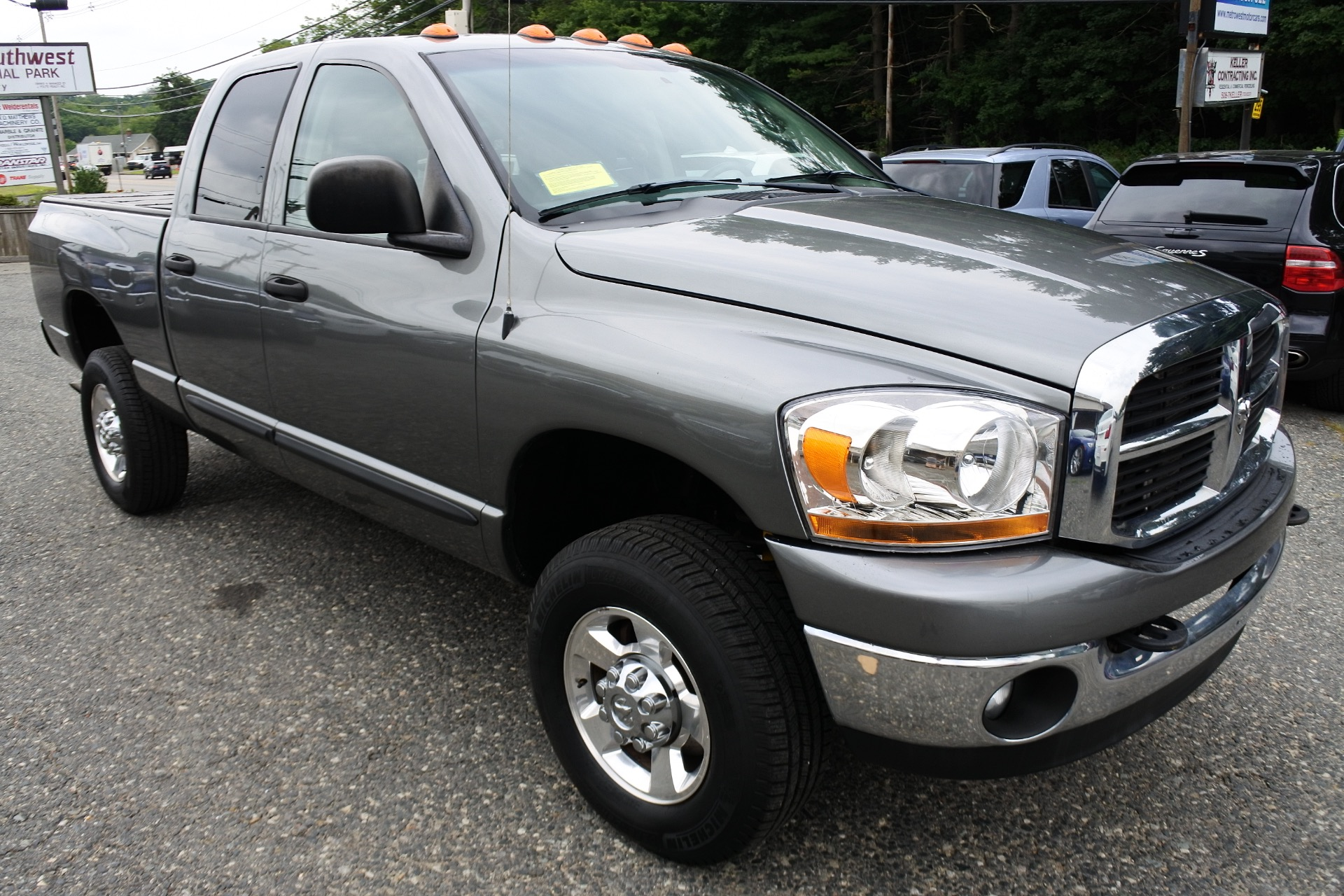 Used 2006 Dodge Ram 2500 4dr Quad Cab 140.5 4WD SLT Used 2006 Dodge Ram 2500 4dr Quad Cab 140.5 4WD SLT for sale  at Metro West Motorcars LLC in Shrewsbury MA 7