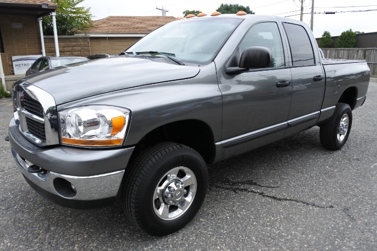 Used Used 2006 Dodge Ram 2500 4dr Quad Cab 140.5 4WD SLT for sale $22,885 at Metro West Motorcars LLC in Shrewsbury MA
