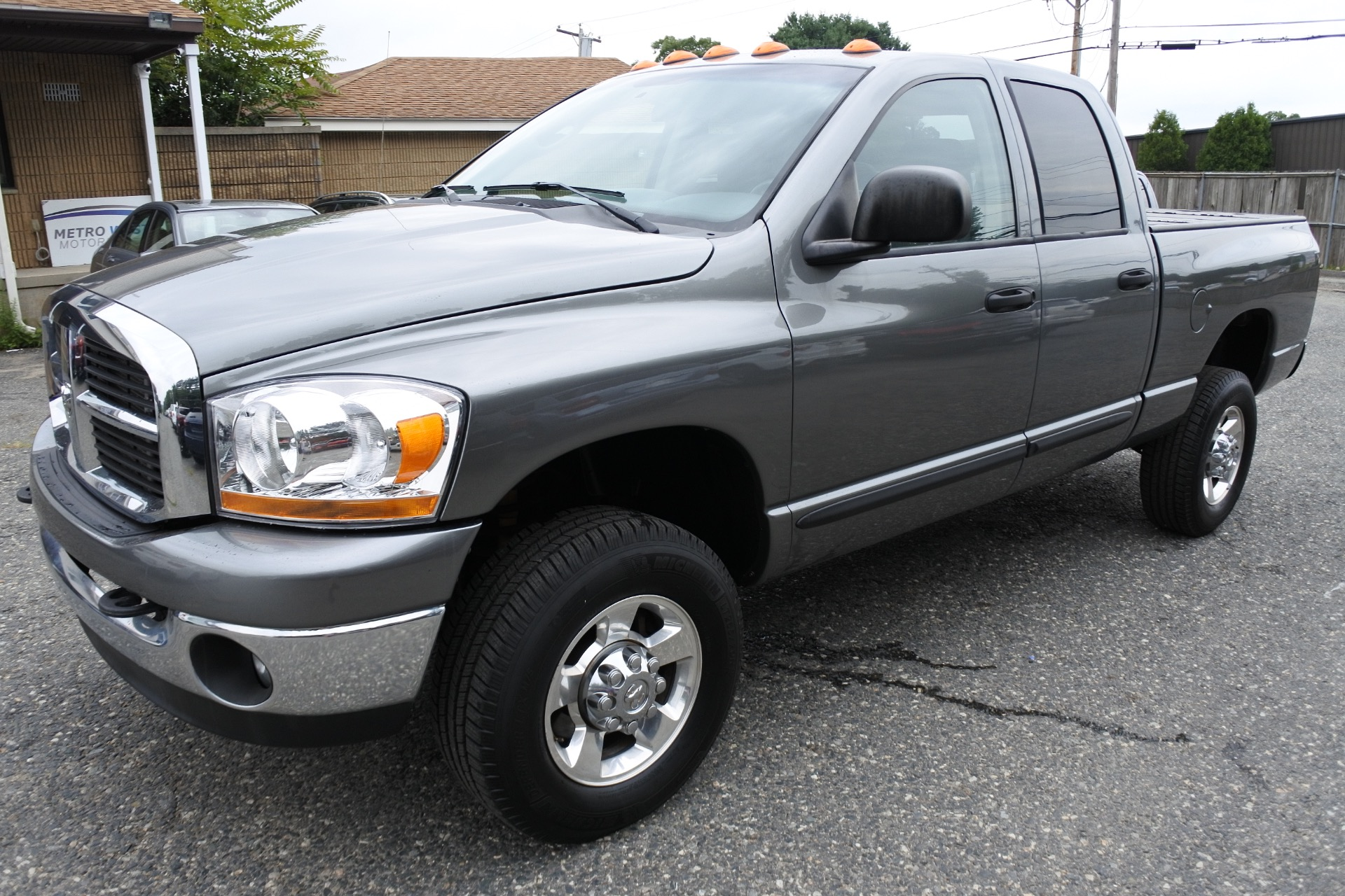 Used 2006 Dodge Ram 2500 4dr Quad Cab 140.5 4WD SLT Used 2006 Dodge Ram 2500 4dr Quad Cab 140.5 4WD SLT for sale  at Metro West Motorcars LLC in Shrewsbury MA 1