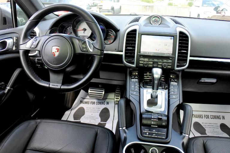 Used 2012 Porsche Cayenne S Hybrid Used 2012 Porsche Cayenne S Hybrid for sale  at Metro West Motorcars LLC in Shrewsbury MA 10