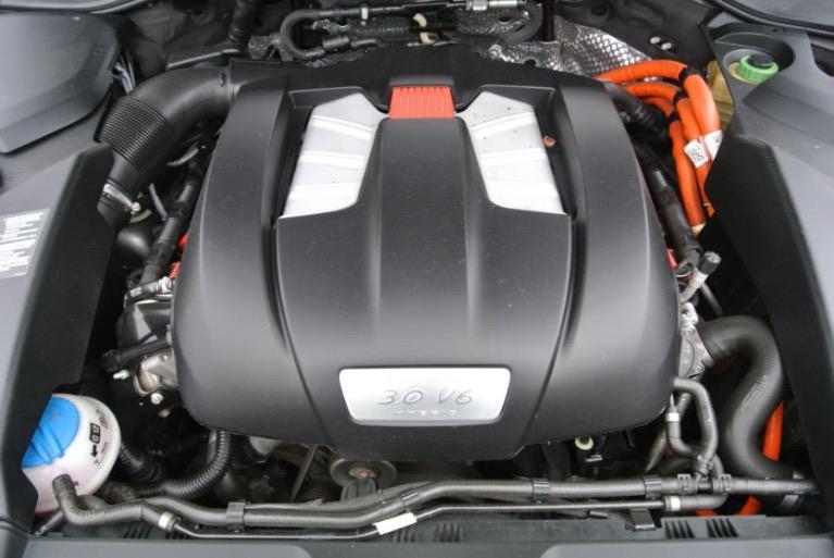 Used 2012 Porsche Cayenne S Hybrid Used 2012 Porsche Cayenne S Hybrid for sale  at Metro West Motorcars LLC in Shrewsbury MA 22
