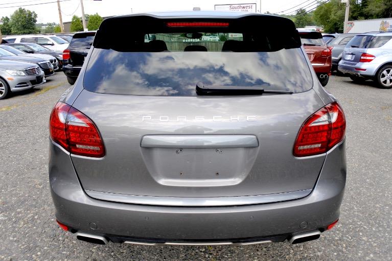 Used 2012 Porsche Cayenne S Hybrid Used 2012 Porsche Cayenne S Hybrid for sale  at Metro West Motorcars LLC in Shrewsbury MA 4