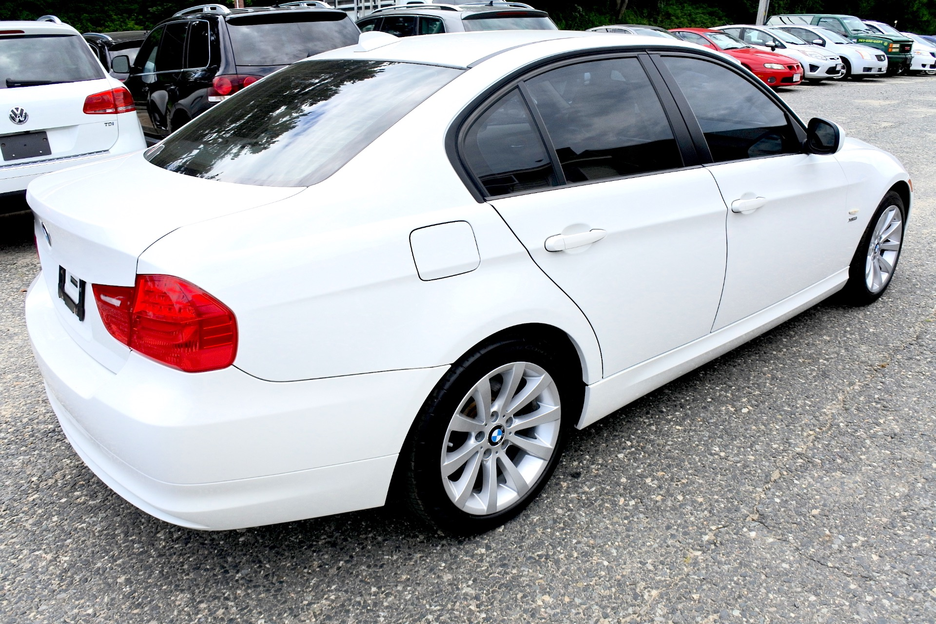 Used 2011 BMW 3 Series 4dr Sdn 328i xDrive AWD SULEV Used 2011 BMW 3 Series 4dr Sdn 328i xDrive AWD SULEV for sale  at Metro West Motorcars LLC in Shrewsbury MA 5