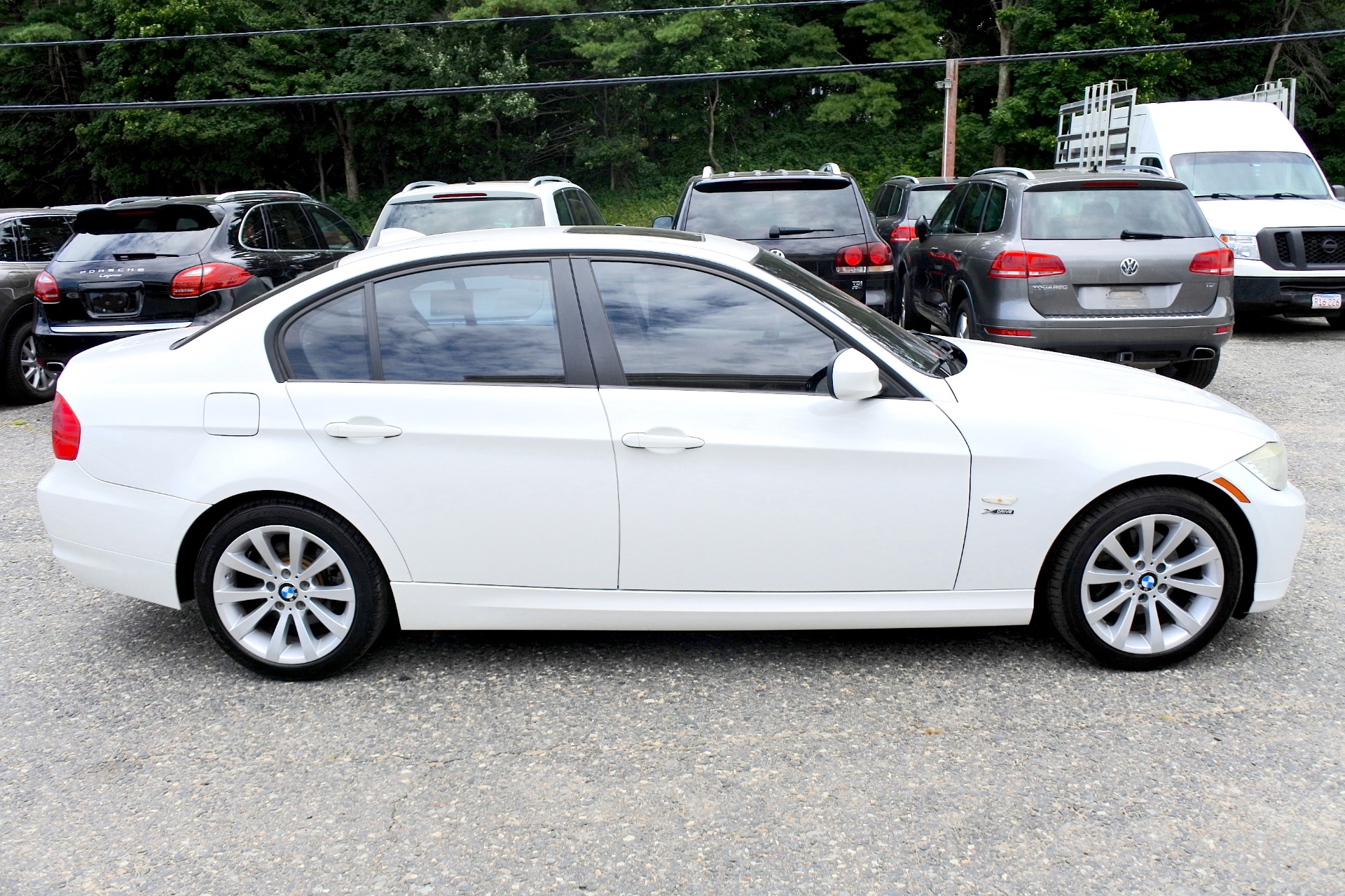 Used 2011 BMW 3 Series 4dr Sdn 328i xDrive AWD SULEV Used 2011 BMW 3 Series 4dr Sdn 328i xDrive AWD SULEV for sale  at Metro West Motorcars LLC in Shrewsbury MA 6